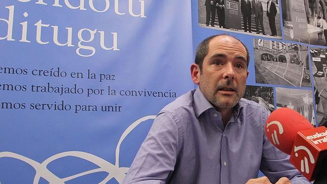 Lokarri pide al Parlamento vasco que reactive la ponencia de paz tras un año y medio de bloqueo