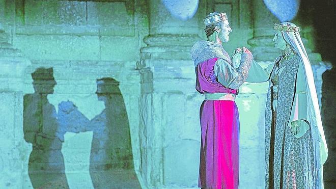 Oña retrocede mil años para escenificar su Cronicón de la mano de Perfecto Uriel