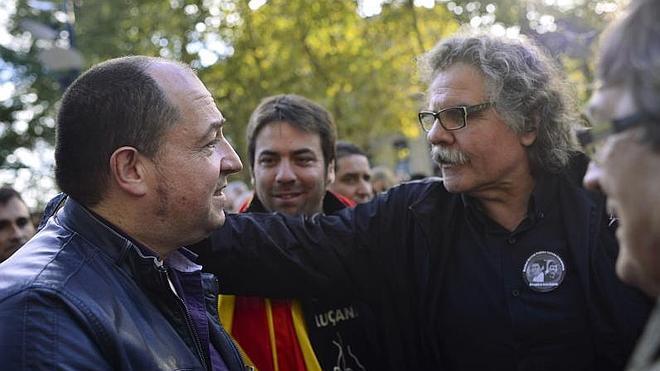 Multan a Joan Tardà en Navarra por llevar el CAT en la matrícula