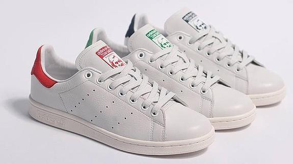 Las zapatillas blancas, más sencillas y fáciles de combinar, vuelven a  arrasar.