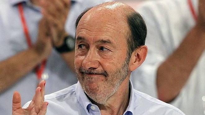 Rubalcaba afirma que Otegi «tiene derecho» a presentarse a las elecciones