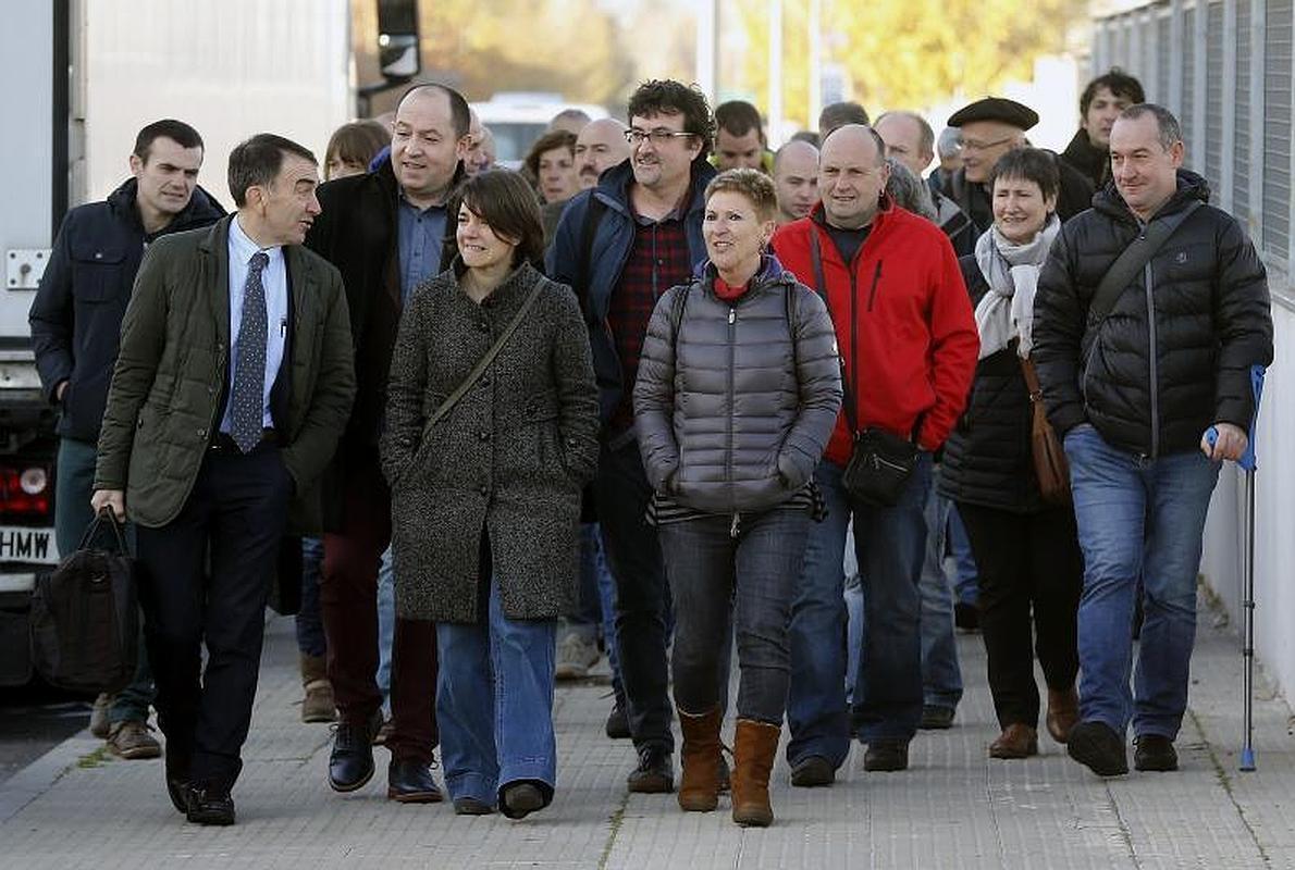 Los miembros de Batasuna juzgados niegan cumplir órdenes de ETA y dicen que sólo son militantes abertzales