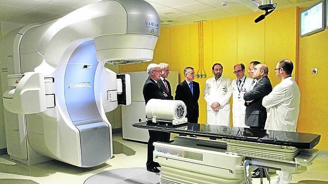 Cruces instala lo último en radioterapia