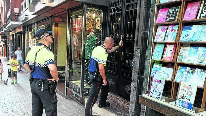 La Policía de Barakaldo solapa los turnos para que siempre haya agentes en la calle