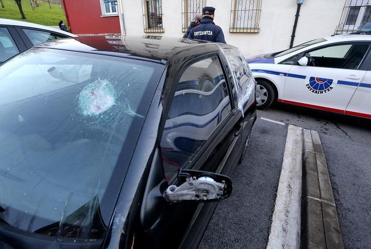 Detenido el joven que se fugó el viernes tras intentar atropellar a dos agentes en Abanto