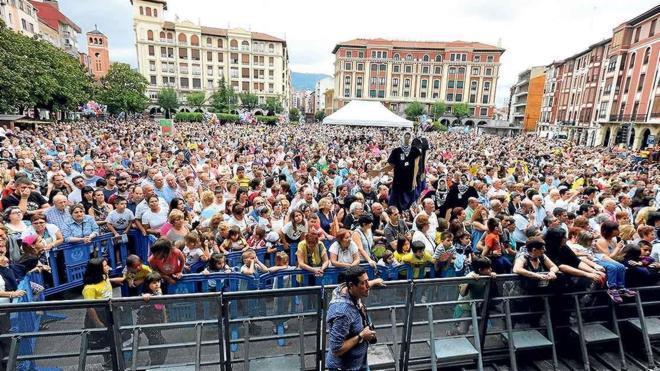 La comisión de fiestas devuelve las txosnas al centro de Barakaldo