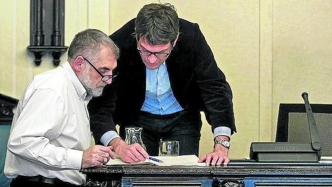 PNV y PSE apuntalan un acuerdo con López de Munain como 'hombre fuerte' de Urtaran
