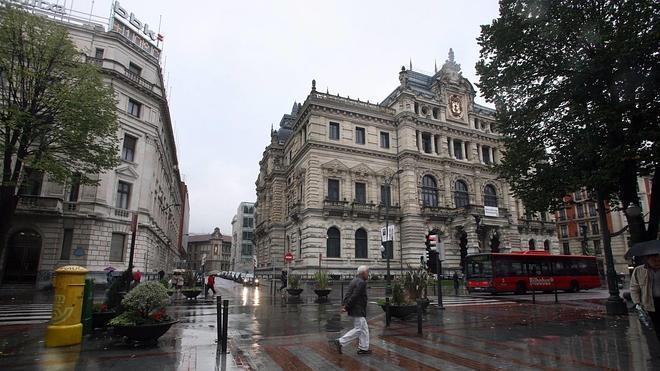 El PP tomará medidas legales si la Diputación no coloca las banderas en lugar visible y destacado