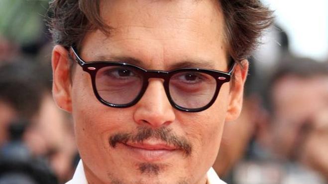 Winona Ryder dice que Johnny Depp «no es agresivo»