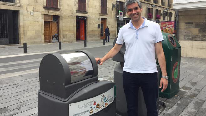 Doce nuevos puntos para el reciclaje alterno en el Casco Medieval de Vitoria