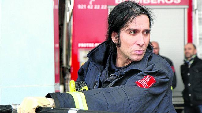 Mario Vaquerizo se mete a bombero