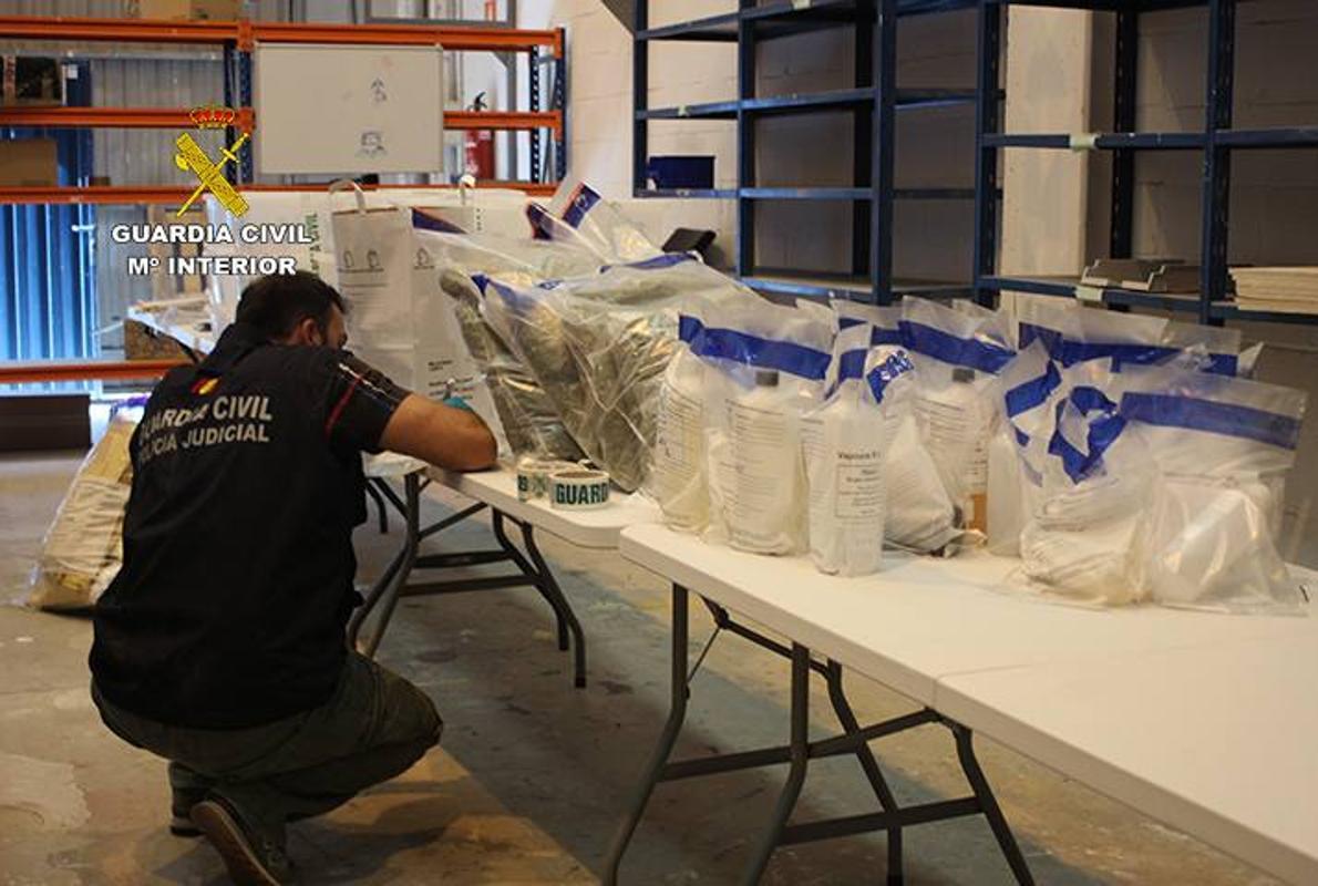 Desmantelan en Leioa un laboratorio que distribuía drogas de diseño