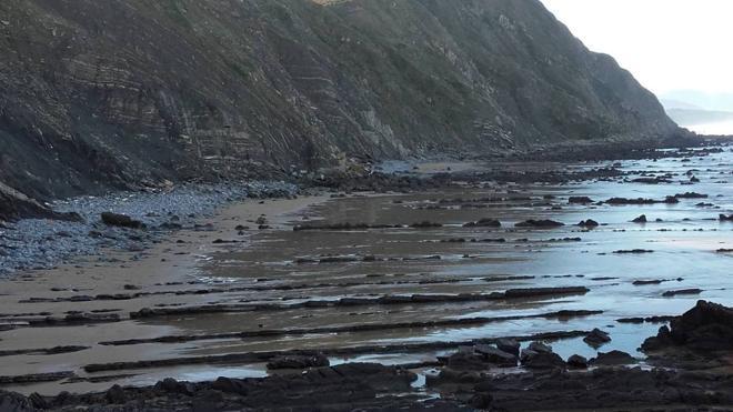 La playa de Muriola en Barrika se convertirá en escenario de 'Juego de Tronos'