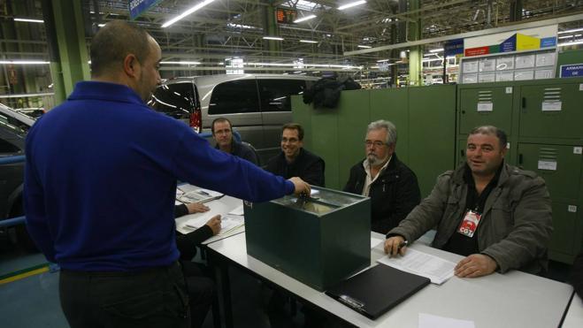 Los trabajadores de Mercedes votan a partir de hoy si apoyan el preacuerdo de convenio