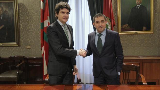 Diputación y BBK estrechan lazos para trabajar en materia de empleo