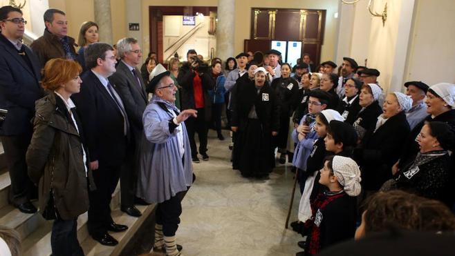 El Coro de Arratia afina sus voces para cumplir con Santa Águeda