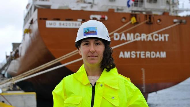«Trabajar de estibadora en la ETT no es un privilegio, sudo cada euro que gano»