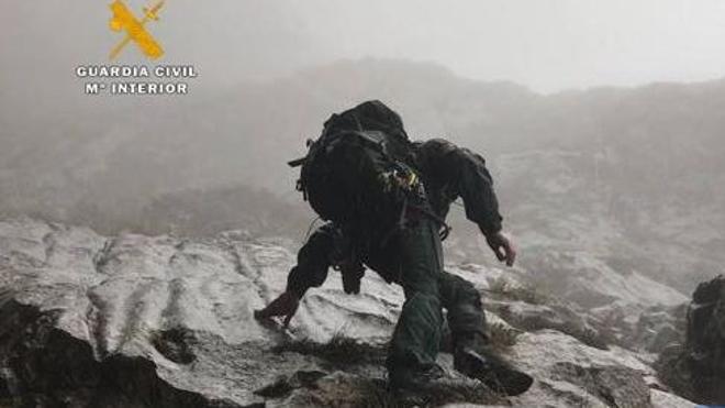 Suspendido el rescate de los montañeros fallecidos en Picos de Europa hasta mañana