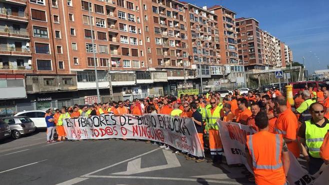 Segunda jornada de huelga sin incidencias en el puerto de Bilbao